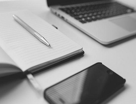Le leggi dell'infodinamica regolano il rapporto autore-testo-lettore nell'epoca dei post online.